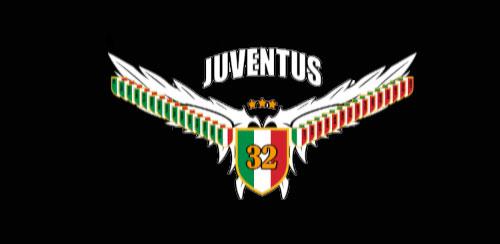 FC JUVENTUS GO Locker 2 v2